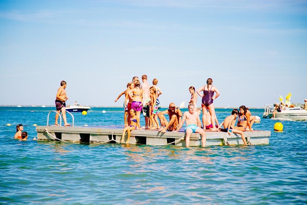 Faire un concours de plongeon à la Vigne