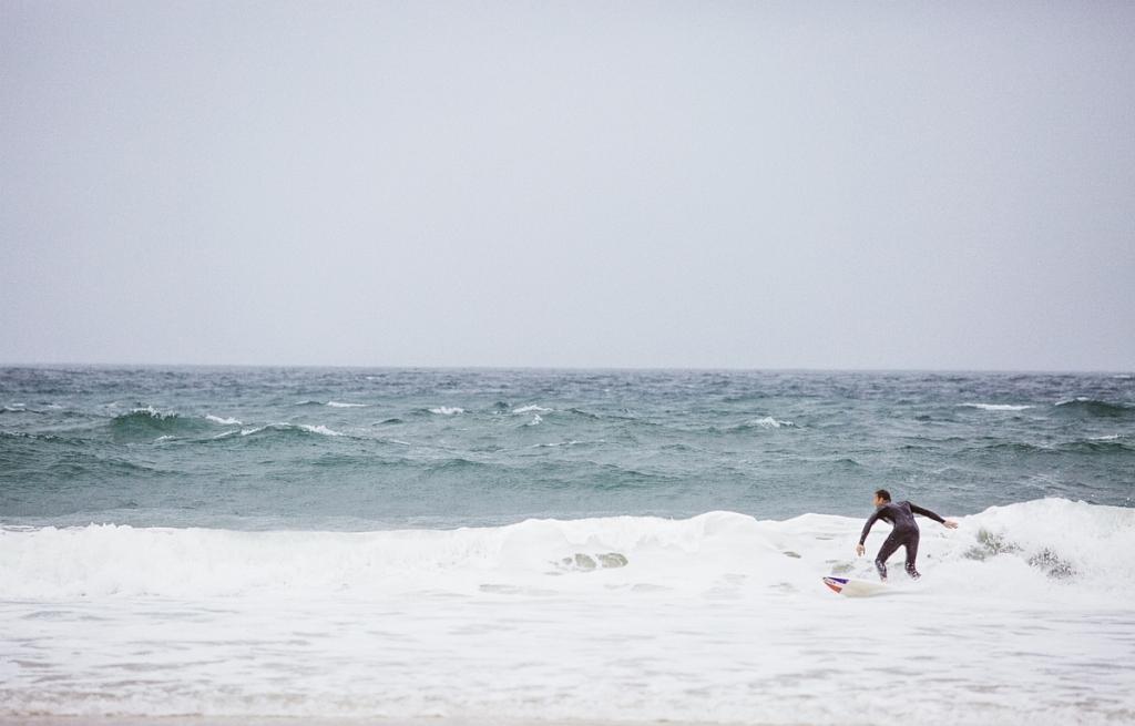 Surf en Septembre sur la plage du Grand Crohot