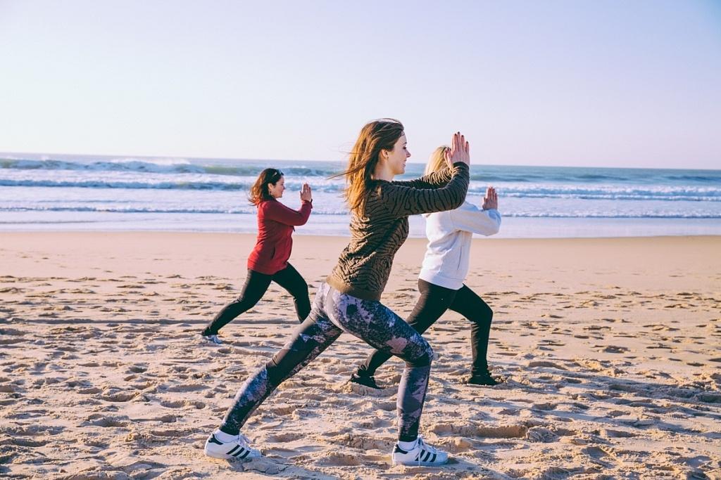 yoga sur la plage du Grand Crohot