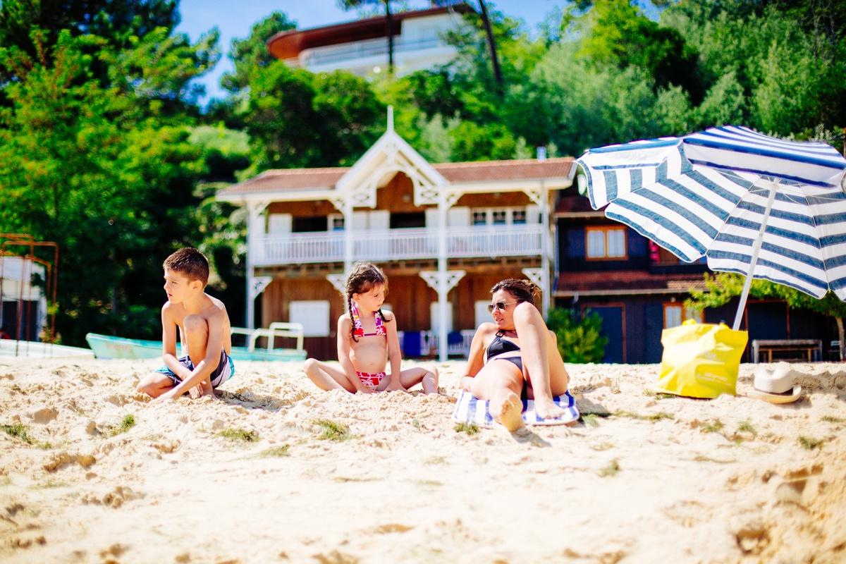 plage-herbe-agence-les-conteurs-25