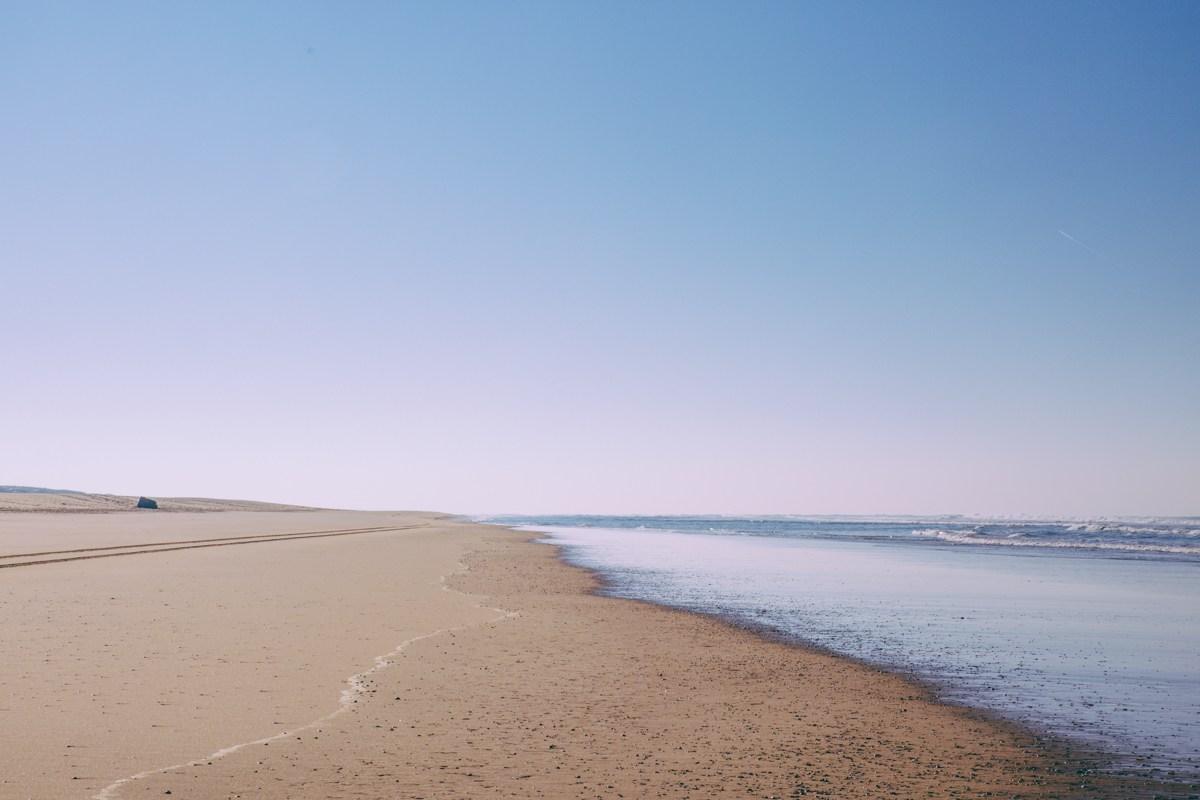 balade plage cote ocean en hiver